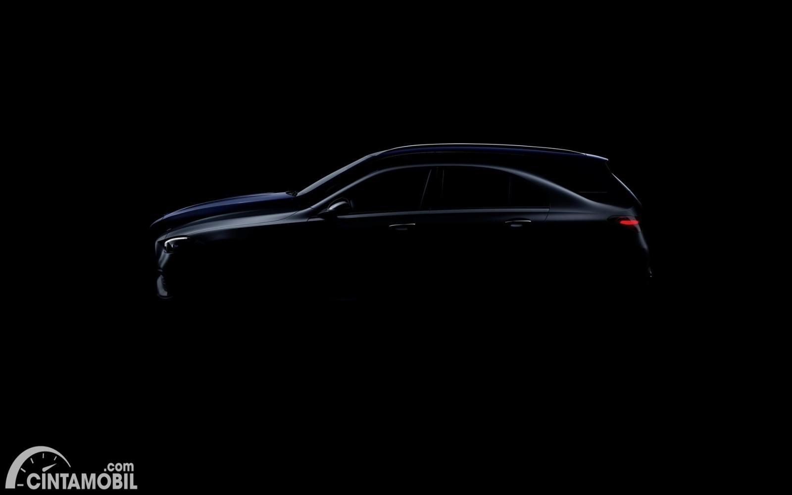 siluet Mercedes-Benz C-Class Wagon yang lebih tinggi