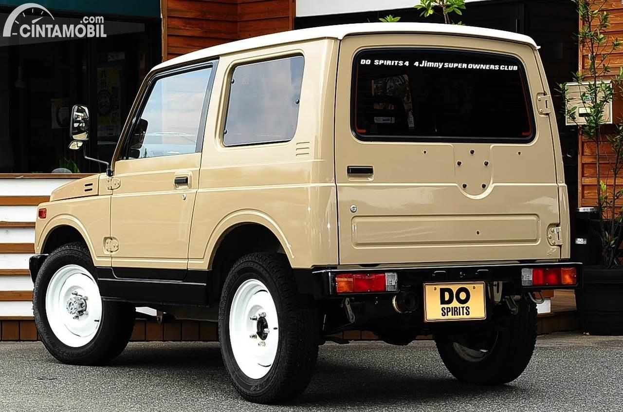 Modifikasi Suzuki Jimny Retro