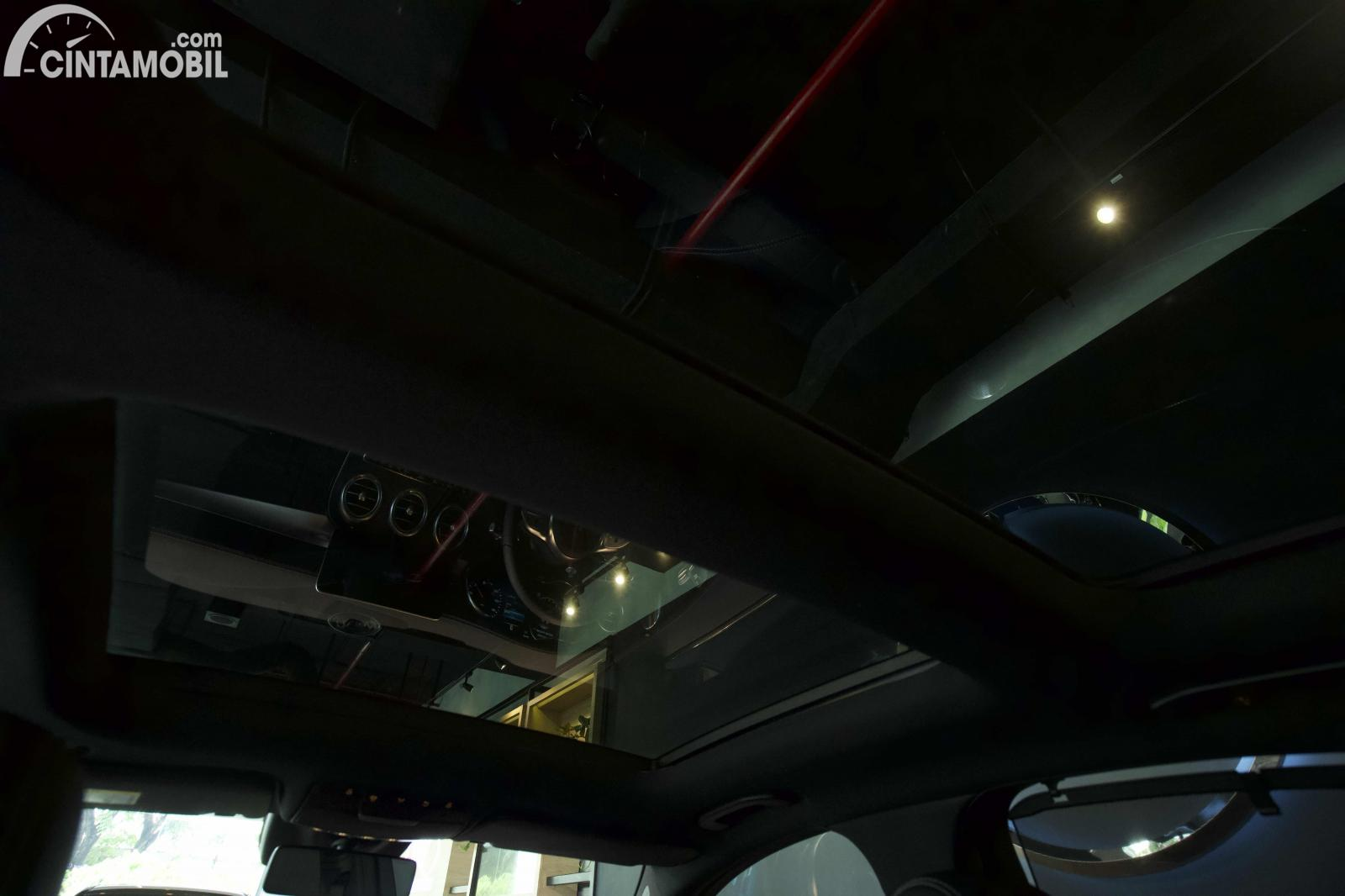 Foto panoramic Roof Mercedes-Benz C300 AMG Lina Final Edition 2021