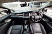 Jual Mobil Bekas Toyota Kijang Innova V 2017 di DKI Jakarta 1