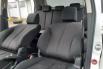 Jual Cepat Mobil Mazda 2 R 2013 di DKI Jakarta 2
