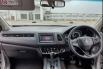 Jual Cepat Mobil Honda HR-V E CVT 2017 di DKI Jakarta 2