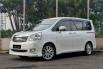 Jual Mobil Bekas Toyota NAV1 V 2013 di DKI Jakarta 8
