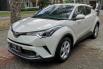 Dijual mobil Toyota C-HR 2018 bekas di DIY Yogyakarta 2