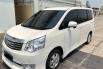 Jual Mobil Bekas Toyota NAV1 V 2013 di DKI Jakarta 3
