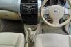 Jual Cepat Mobil Nissan Grand Livina XV 2010 di DIY Yogyakarta 5