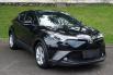 Dijual Cepat Toyota C-HR 2018 di Tangerang Selatan 2