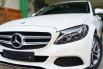 Jual Mobil Bekas Mercedes-Benz C-Class C200 2017 di DKI Jakarta 4