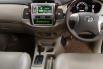 Dijual Cepat Toyota Kijang Innova V 2011 di DIY Yogyakarta 4