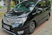 Dijual Mobil Nissan Serena Highway Star 2015 di DIY Yogyakarta 1