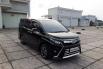 Dijual cepat Toyota Voxy 2.0 AT 2019 terbaik, DKI Jakarta 2