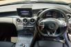 Jual Mobil Bekas Mercedes-Benz C-Class 250 2016 di Bekasi 5