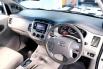 Dijual cepat Toyota Kijang Innova G 2012 Bensin bekas, Jawa Timur 5