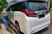 Dijual Cepat Toyota Alphard X 2015 di DKI Jakarta 1