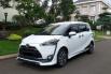 Jual Mobil Bekas Toyota Sienta V 2017 di Tangerang Selatan 1