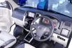 Jual Cepat Daihatsu Luxio X 2015 di Jawa Timur 1