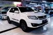 Dijual Mobil Toyota Fortuner G 4x4 VNT 2014 di Jawa Timur 4
