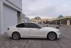 Dijual Mobil BMW 3 Series 320i 2016 di DKI Jakarta 3