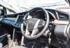 Toyota Kijang Innova G Luxury Hitam 2