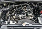 Toyota Kijang Innova V Luxury 2019 3