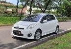Toyota Yaris E 2012 1