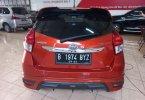Toyota 2014 Orange 3