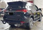Toyota Fortuner 2.4 VRZ A/T ( Matic Diesel ) 2017 Hitam Km 66rban Mulus Siap Pakai Good Condition 3