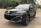 Toyota Fortuner VRZ TRD AT 2018 Hitam 2