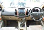 Toyota Fortuner 2.4 G AT 2011 Silver Murah Siap Pakai Bergaransi 3