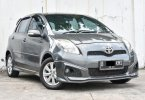 Toyota Yaris S TRD Mt 2013 Abu-abu Murah Siap Pakai Bergaransi Dp Minim 1