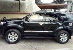 Jual mobil Toyota Fortuner 2010 murah Yogyakarta 3