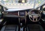 Toyota Kijang Innova 2.0 Q AT 2017 Black On Black Terawat Siap Pakai TDP 40Jt 3