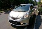 Jual mobil Honda Jazz 2010 2