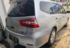 Nissan Grand Livina XV 2015 3