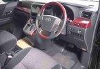 Toyota Alphard S A/T 2010 1