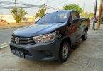 Toyota Hilux S-Cab 2.0 L M/T BENSIN 2018 Hitam 2