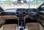 Honda Accord 2.4 VTi-L 2016 / 2017 / 2015 Black On Beige Terawat Siap Pakai TDP 60Jt 3
