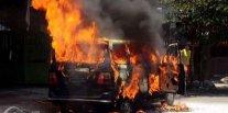 Banyak Mobil Dibakar di Jawa Tengah, Bisakah Kendaraan Terbakar Ditanggung Asuransi?