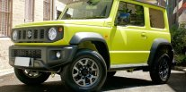 Laris Manis Sebelum Diluncurkan, Ini Yang Bikin Suzuki Jimny Begitu Disukai