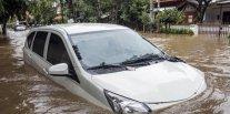 Mobil Terobos Banjir? Hati-hati 2 Komponen Penting Ini Rusak