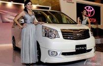 Review Toyota NAV1 2012