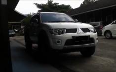 Mitsubishi Strada Triton 2.5 DI-D Manual 2013