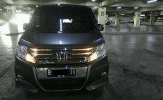 Honda step wagon 2.0 AT cbu abu2 tua met th.2011 tgn.satu OTR.288 JT