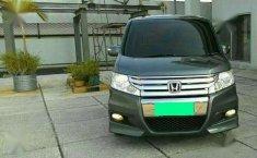 Honda Stepwagon Spada 2.0 AT CBU Tahun 2011 Automatic