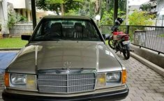 Dijual Mercedes Benz 190E 2.6 tahun 1990 - W 201