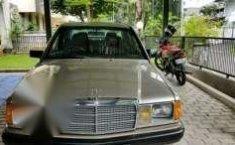 Mercedes-Benz W201 Tahun 1990