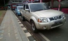 Nissan Panthfinder turbo 2003 4x4 solar manual toppp