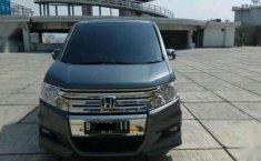 Honda step wagon 2.0 AT 2011 Panoramik km.30rb otr.285jt