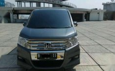 Honda step wagon 2.0 AT 2011 Panoramik km.30rb otr.280jt