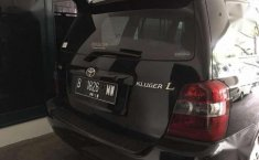 Toyota Kluger 2.4L Dijual